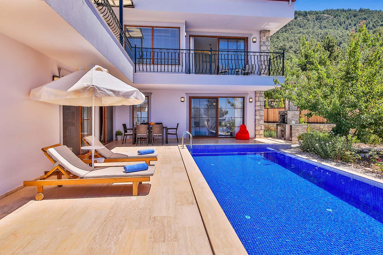 Pool terrace 1