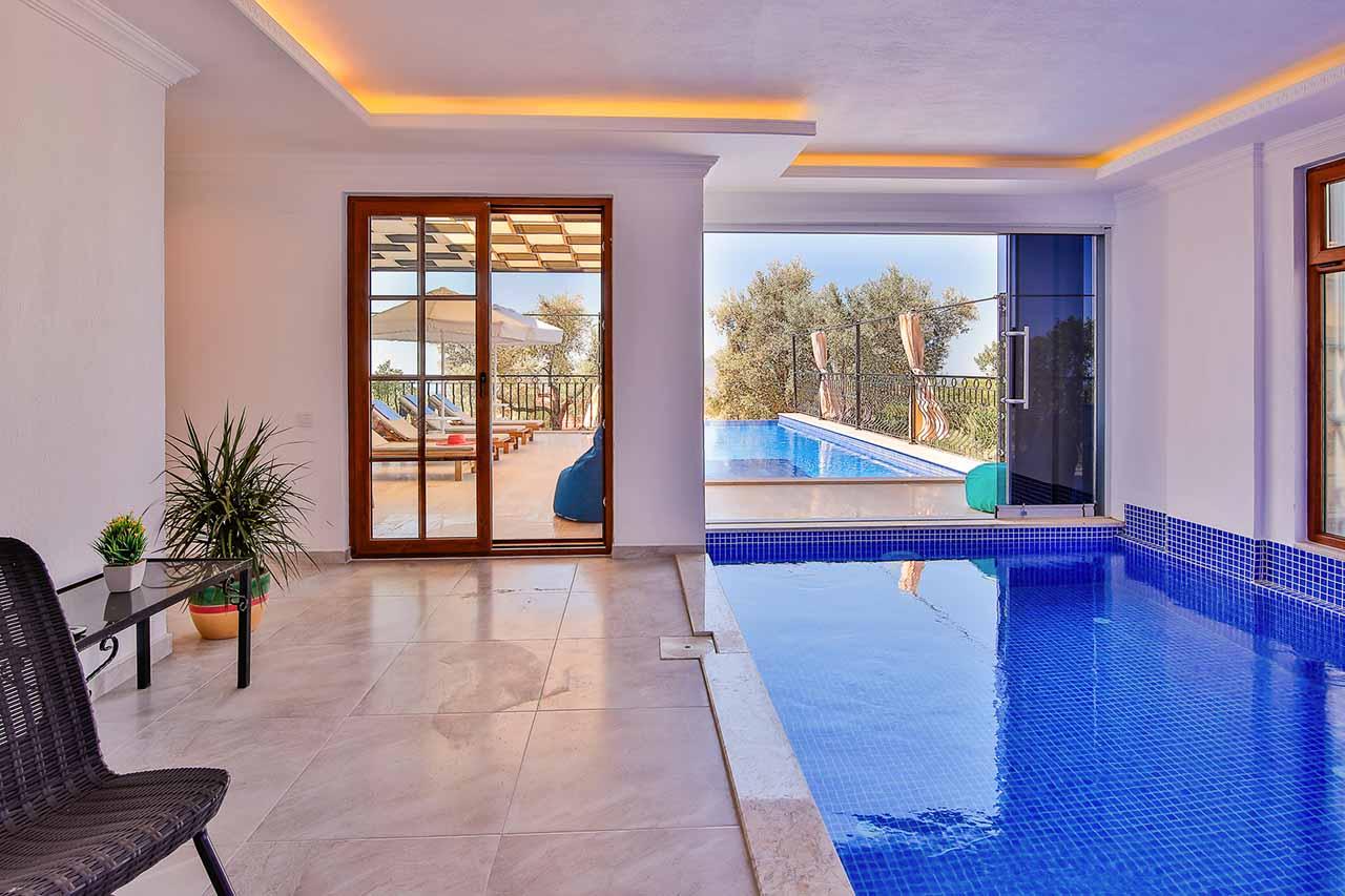 indoor pool out door pool